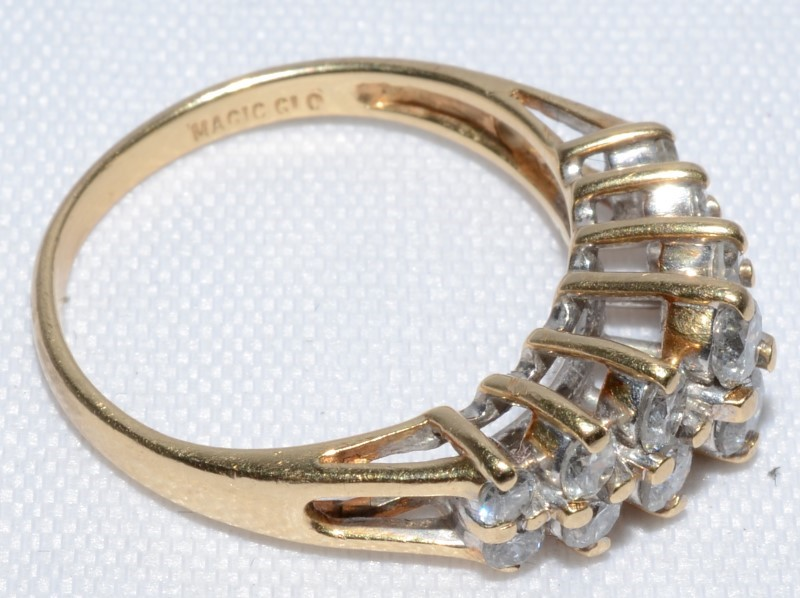 14K Yellow Gold Cathedral Set Double Row of Diamond Band Ring sz 6.75