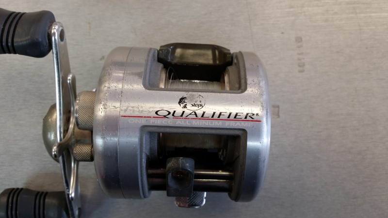 BASS PRO FISHING REEL PQ100HS