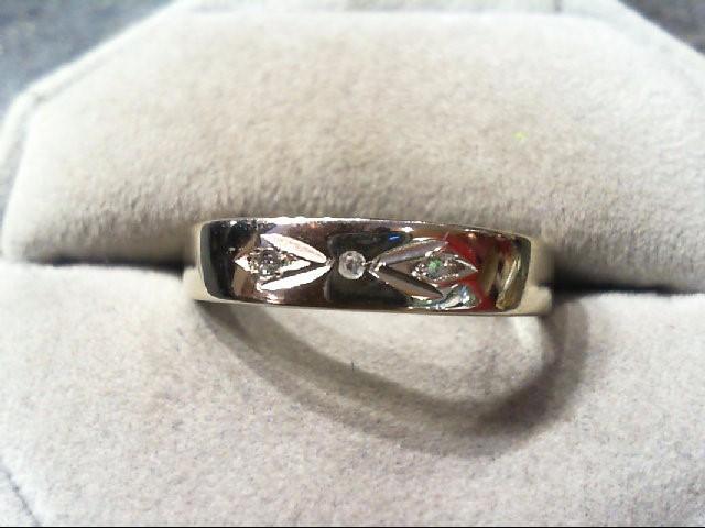 Gent's Gold-Diamond Wedding Band 3 Diamonds .03 Carat T.W. 14K White Gold 4.1g