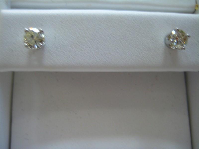 Gold Earrings 14K White Gold 0.7g