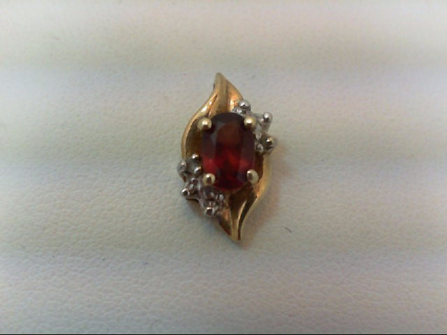 Almandite Garnet Gold-Stone Pendant 10K Yellow Gold 1.3g