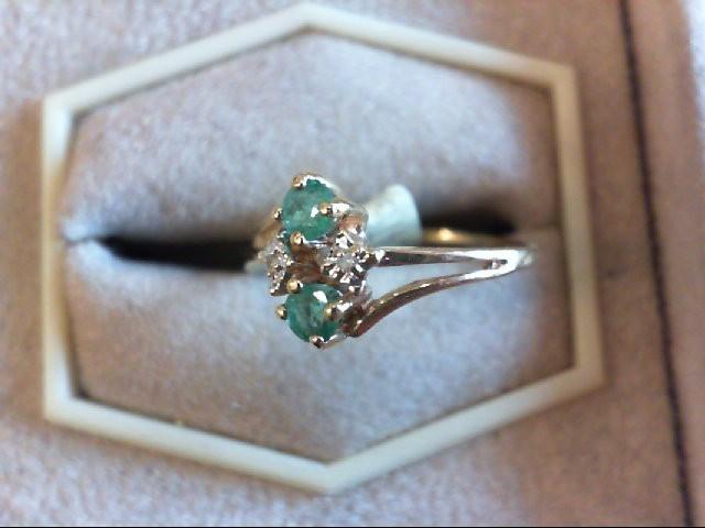 Emerald Lady's Stone & Diamond Ring .01 CT. 14K Yellow Gold 1.1g