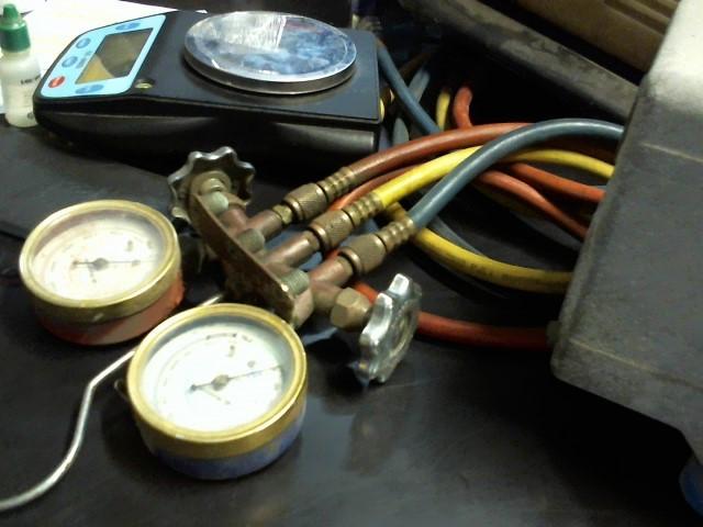 MASTER COOL Diagnostic Tool/Equipment A/C GUAGES