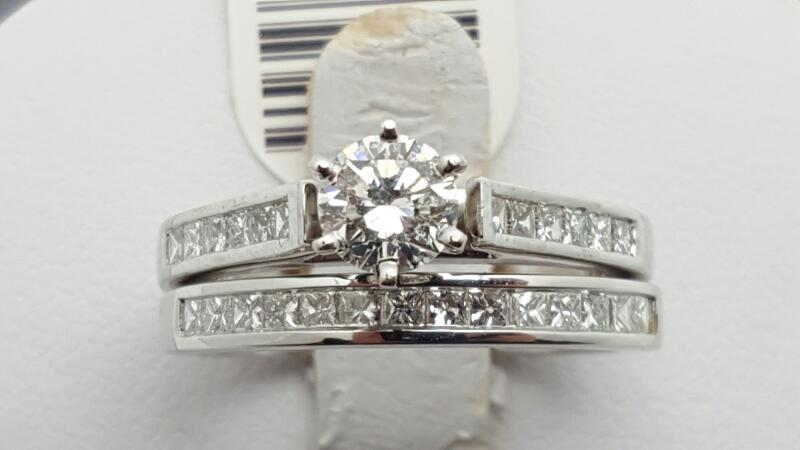 Lady's Diamond Engagement Ring 27 Diamonds 1.15 Carat T.W. 14K White Gold 6g Siz