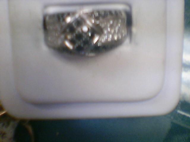 Lady's Diamond Cluster Ring 32 Diamonds .32 Carat T.W. 10K White Gold 5.2g