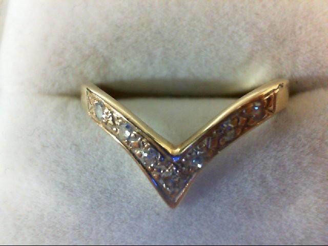Lady's Diamond Wedding Band 5 Diamonds 0.05 Carat T.W. 14K Yellow Gold 2.1g