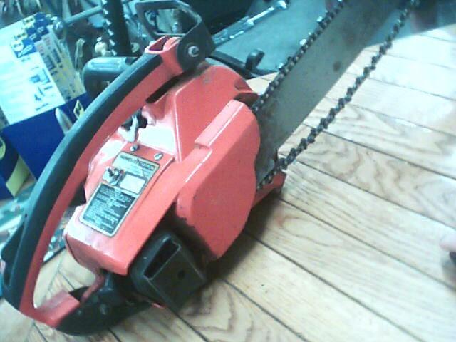 HOMELITE Chainsaw VI SUPER 2