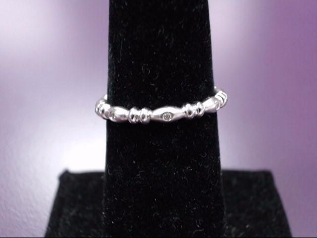 Lady's Silver-Diamond Ring 8 Diamonds 0.08 Carat T.W. 925 Silver 2g Size:6