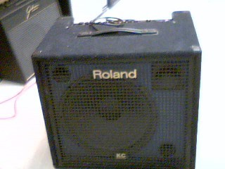 ROLAND Electric Guitar Amp KC550