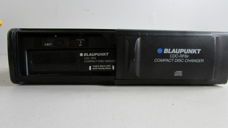 BLAUPUNKT CD Player & Recorder CDC-RF6IR