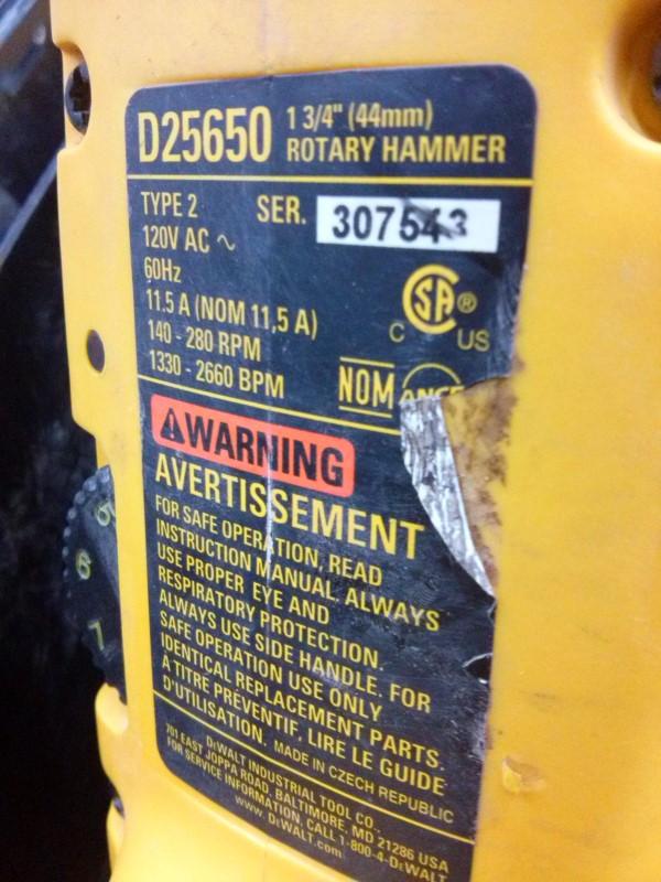 DEWALT Cement Hand Tool D25650 ROATERY HAMMER DRILL