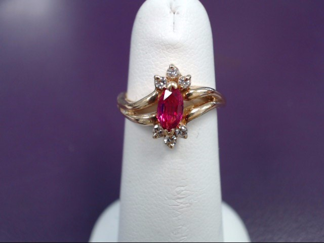 Ruby Lady's Stone & Diamond Ring 6 Diamonds .06 Carat T.W. 18K Yellow Gold 4g