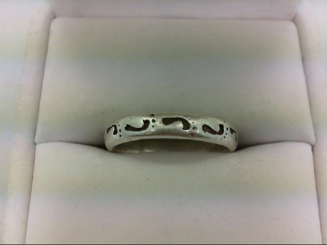Lady's Silver Ring 925 Silver 3.1g