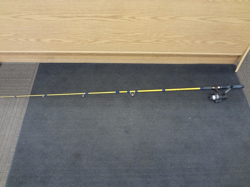 """EAGLE CLAW LAKE N STREAM 6'6"""" SPINNING ROD WITH QUANTUM REEL"""