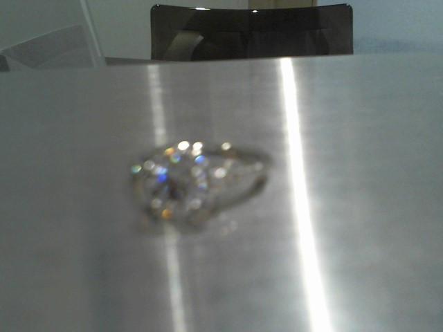 Lady's Gold Ring 18K White Gold 4.5g