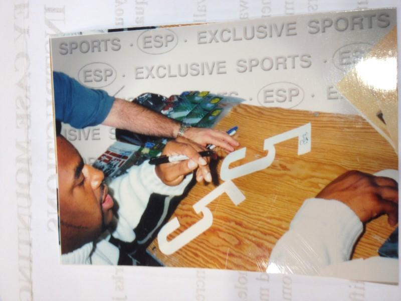 Donovan Mcnabb Autographed Jersey w/COA
