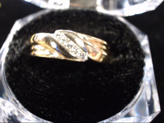 Gent's Gold-Diamond Wedding Band 5 Diamonds .05 Carat T.W. 14K Yellow Gold 6.5g