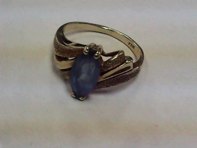 Synthetic Agate Lady's Stone Ring 14K Yellow Gold 2dwt