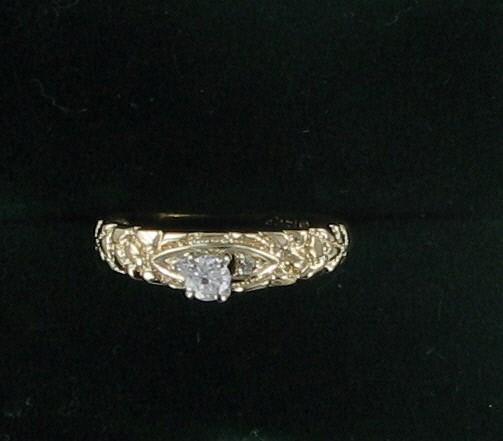 Lady's Diamond Engagement Ring .10 CT. 14K Yellow Gold 2.2dwt