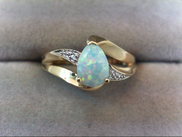 Opal Lady's Stone Ring 10K Yellow Gold 1.8g