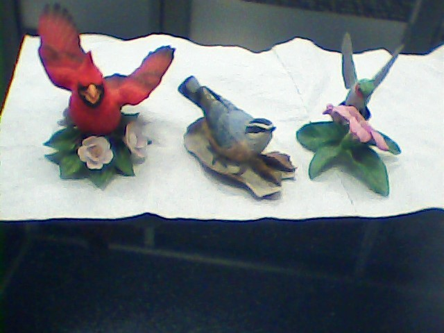 LENOX Glass/Pottery BIRDS