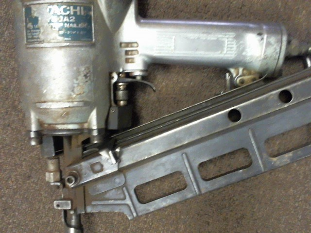 HITACHI Nailer/Stapler NR83A2