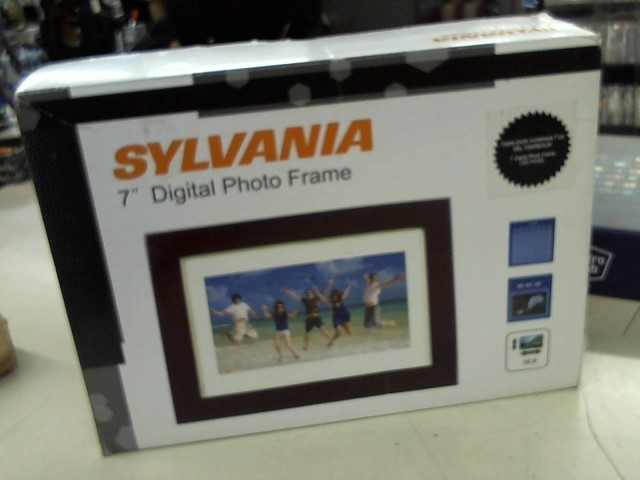 SYLVANIA Digital Media Receiver SDPF785