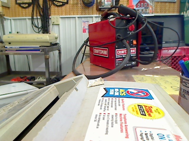 CRAFTSMAN Wire Feed Welder GASLESS WIRE FEED WELDER