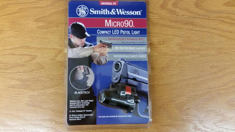 SMITH & WESSON Micro 90 Light
