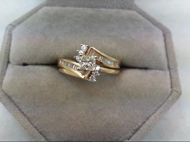 Lady's Diamond Wedding Set 29 Diamonds 0.75 Carat T.W. 14K Yellow Gold 5g