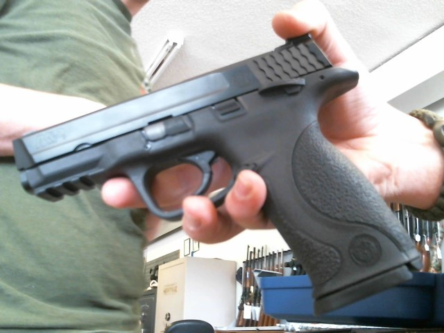 SMITH & WESSON Pistol M&P 9