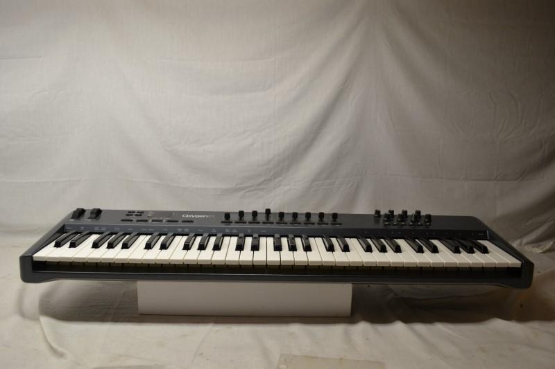 M AUDIO Keyboards/MIDI Equipment OXYGEN 61