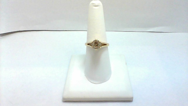 Lady's Diamond Solitaire Ring 1.20 CT. 14K Yellow Gold 4.2g Size:7.5