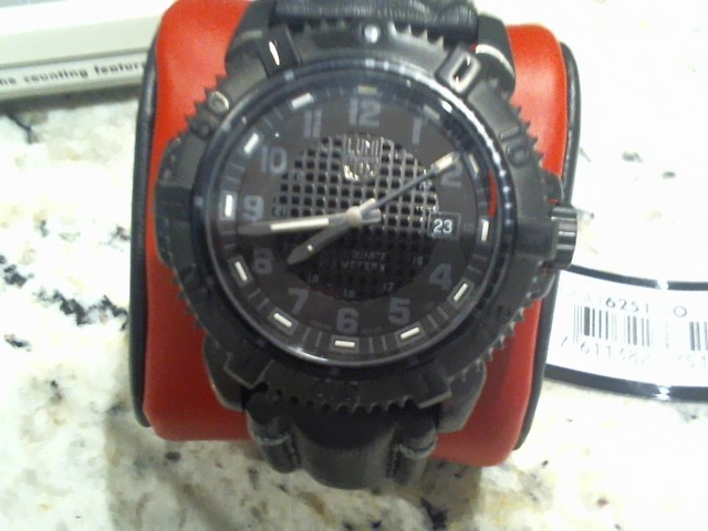 LUMINOX Gent's Wristwatch A6251BO