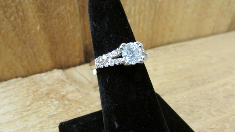 Lady's Diamond Fashion Ring 19 Diamonds 1.29 Carat T.W. 14K White Gold 5.4g