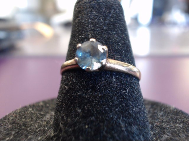 Blue Stone Lady's Stone Ring 10K Yellow Gold 1.3g