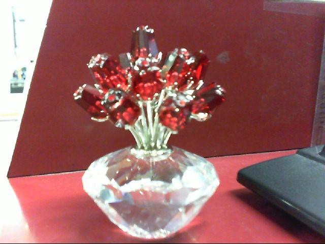 SWAROVSKI Collectible Plate/Figurine CRYSTAL