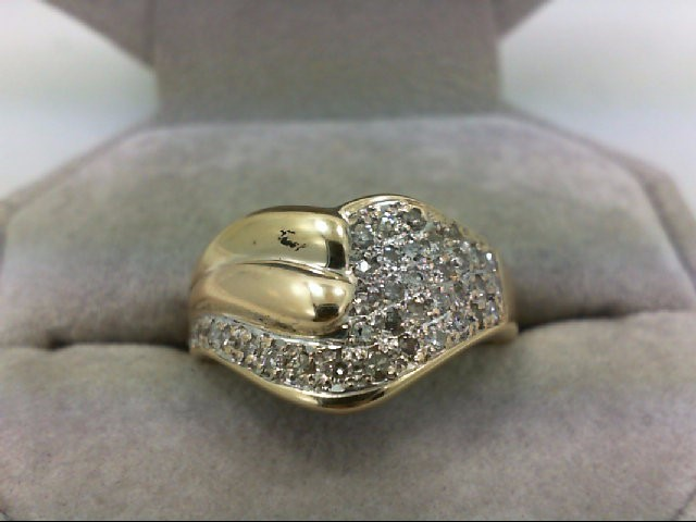 Lady's Diamond Cluster Ring 36 Diamonds 0.54 Carat T.W. 14K Yellow Gold 5.6g Siz