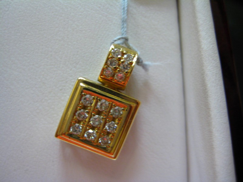 Gold Pendant 14K Yellow Gold 1g