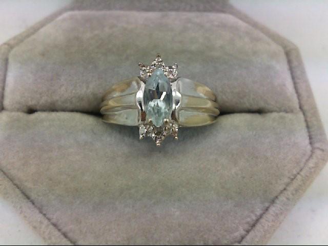 Aquamarine Lady's Stone Ring 10K White Gold 3.1g