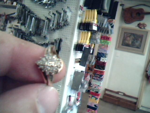 Lady's Diamond Cluster Ring 30 Diamonds .30 Carat T.W. 10K Yellow Gold 1.45dwt