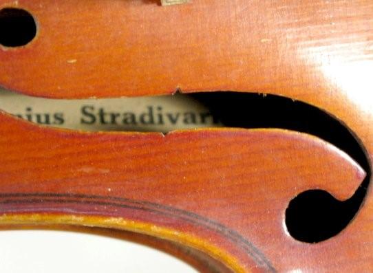 ANTONIUS STRADIVARIUS