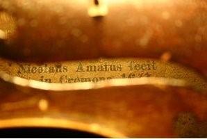 NICOLAUS AMATUS FECIT