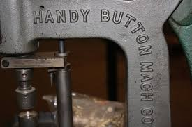 HANDY BUTTON MANUFACTURE