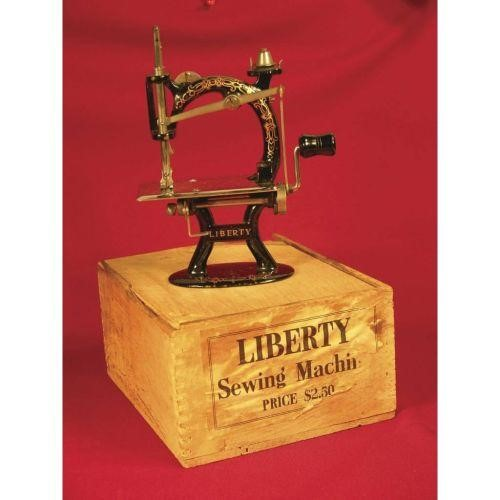 LIBERTY SEWING MACHINE
