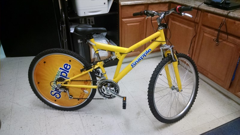 SNAPPLE MOUNTAIN BIKE