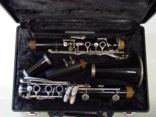 BUNDY Clarinet CLARINET