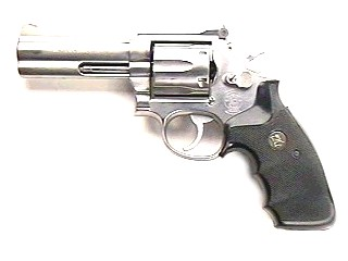 SMITH & WESSON Revolver 686-3