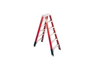 WERNER Ladder FIBERGLASS 8 FOOT LADDER