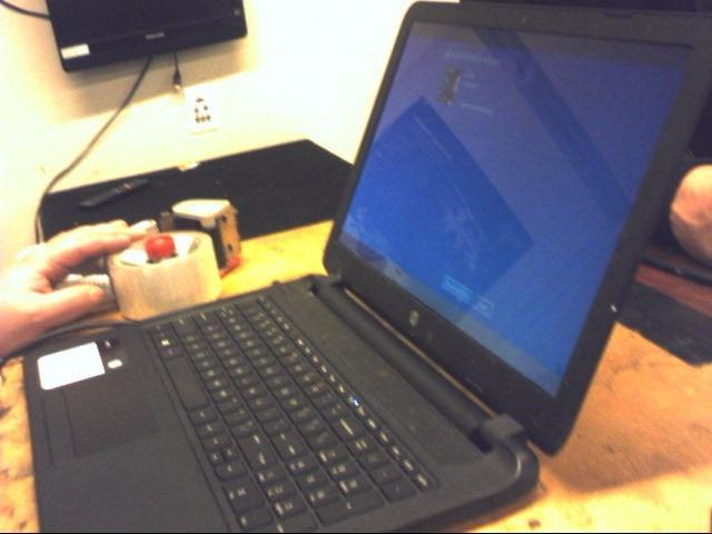 "HP LAPTOP 15.6"" 750 GB HDD - 4GB RAM - 2.4GHz - BLACK"